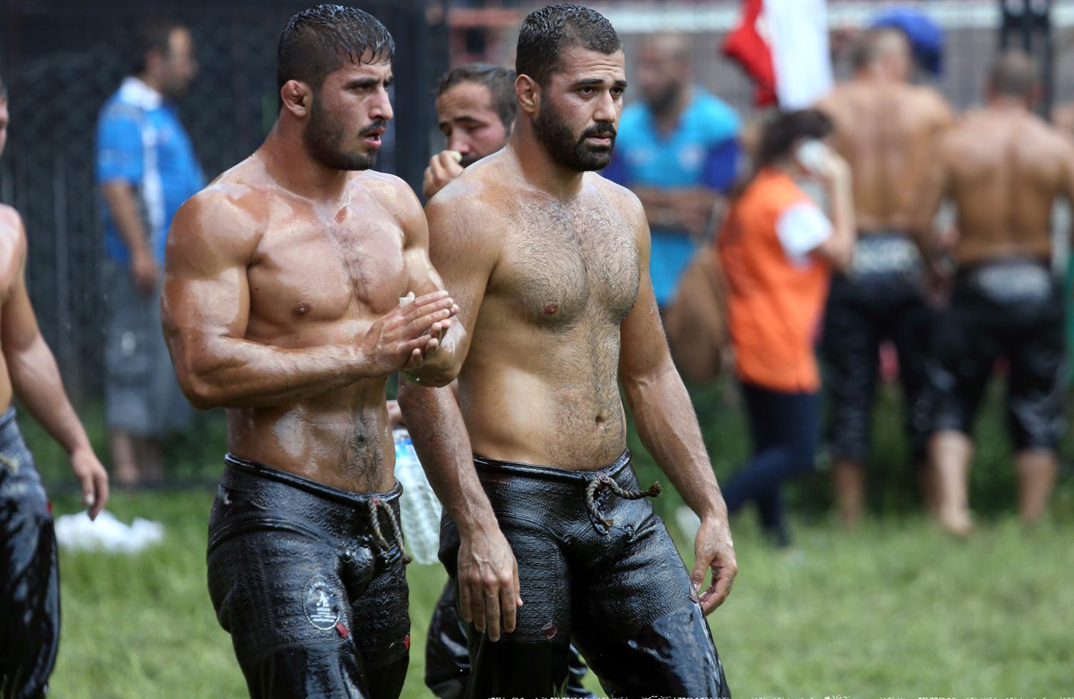 videos gays de lucha turca