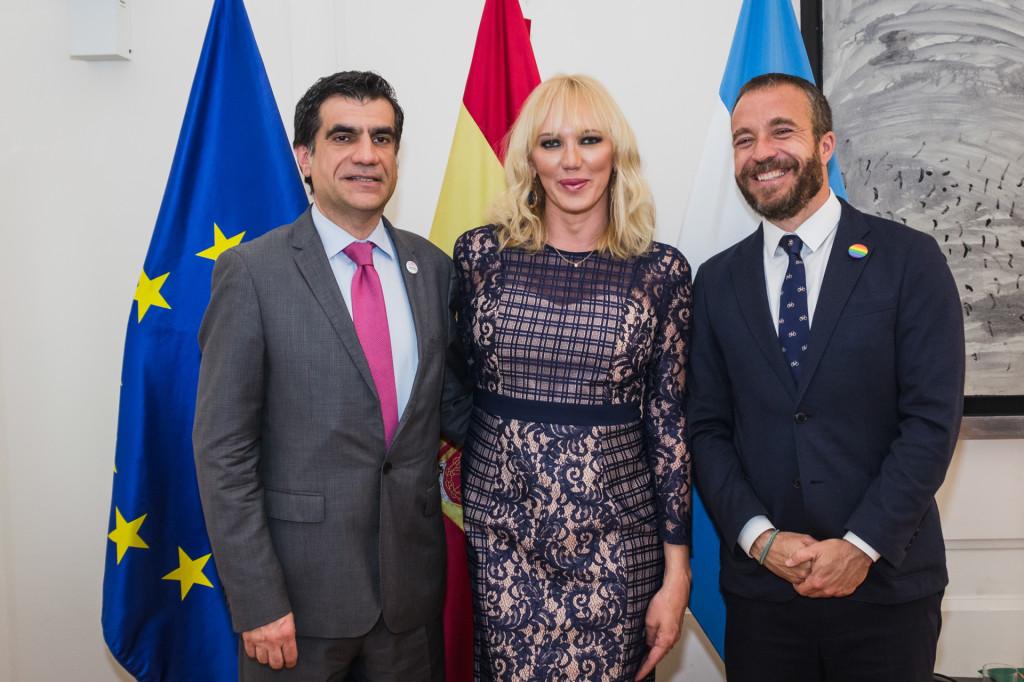 Juan Carlos Alonso, Topacio Fresh, Miguel Sanz